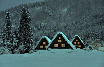 雪の白川郷.jpg